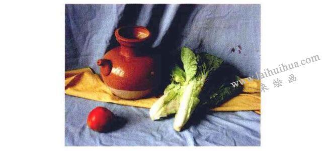 陶罐、蔬菜和水果组合实物图