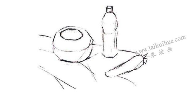 陶罐、饮料瓶和胡萝卜组合水粉画法步骤01